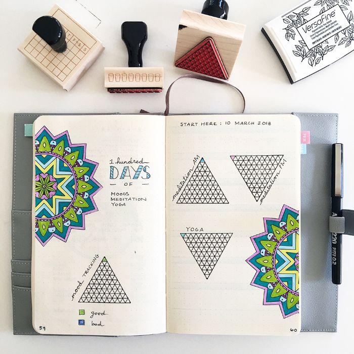 weekly spread bullet journal, mandala deko in dem heft, kleine stämpel, ideen zum dekrieren bunt