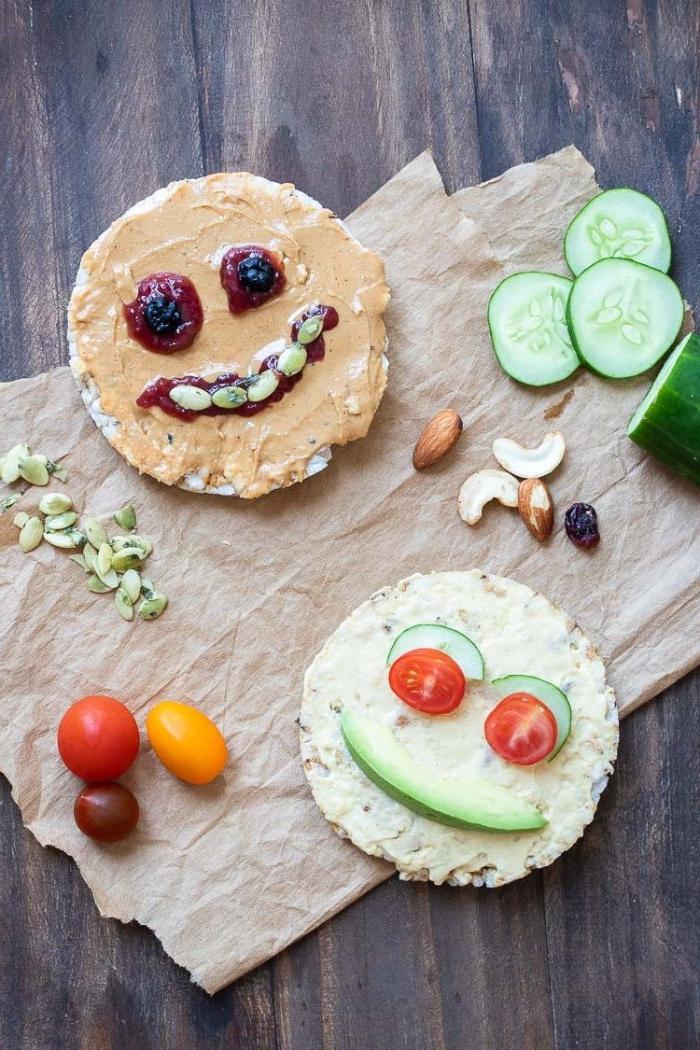 was koche ich heute, schnellste idee ist einfach fertige reis kekse mit gemüse zu essen, gesund, wenig kalorien, hohe nährwerte