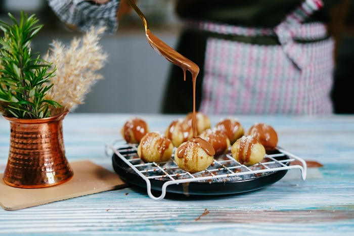 gesunde snacks für unterwegs schnelle und einfacherezepte marzipankugeln