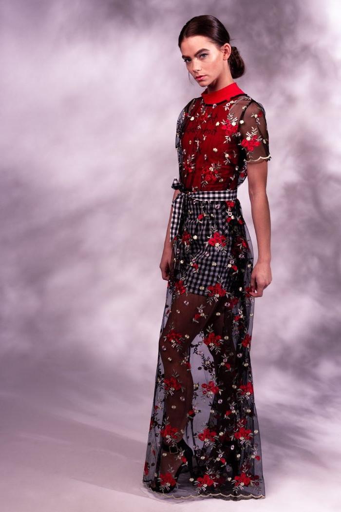 fairtrade kleidung, schwarz rotes outfit ideen für frauen, rock kariert und eine transparente decke darüber