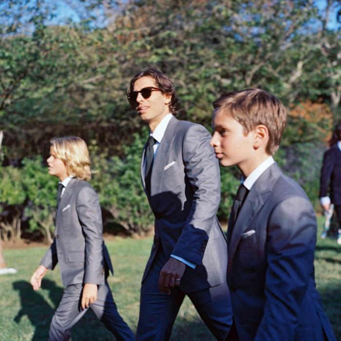 Gwyneth Paltrow, ihr Sohn, ihr Mann und ihr Stiefsohn, zu ihrer Hochzeit