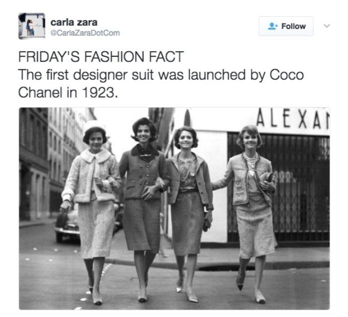 20er jahre party, vier freundinnen gehen auf der straße, sex and the city inspo