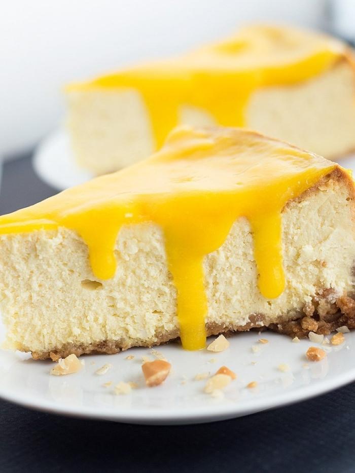 kuchen ohne mehl und zucker, torte mit zitronen und nüseen, käsekuchen mit zitronenglasur