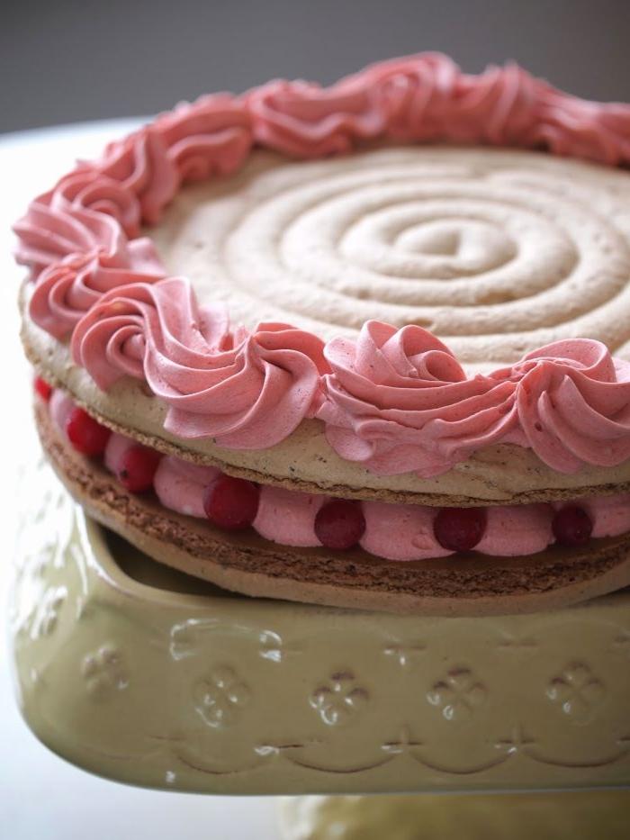 linzer torte rezept, rosa aufguss, kreative linzer torte idee, moderne gestaltung