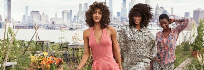 bio mode für frauen, schöne idee für fotosession, drei damen in kreativen outfits