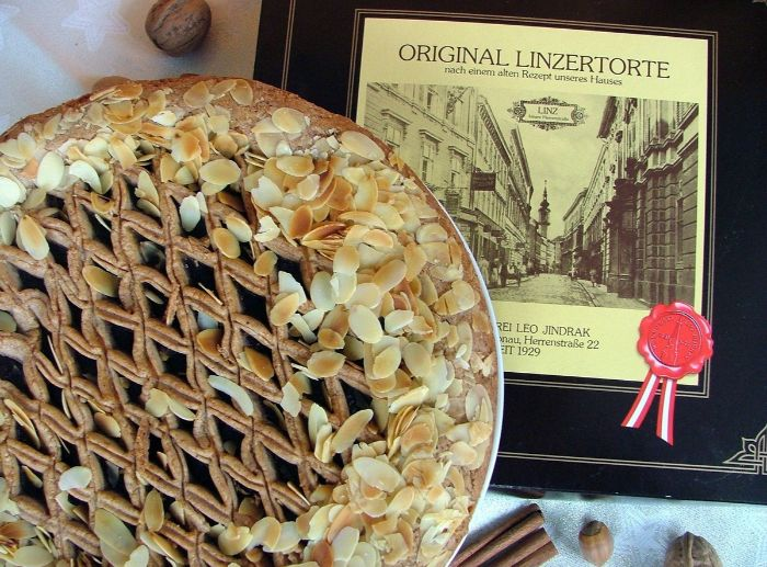 omas linzertorte rezept, originelles rezept, klassische linzer torte rezept mit zertifikat