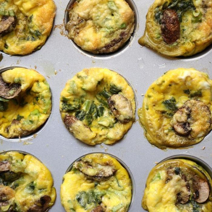 was koche ich morgen, muffins eier muffins mit brokkoli und pilzen, schnell und einfach mit einer muffinform