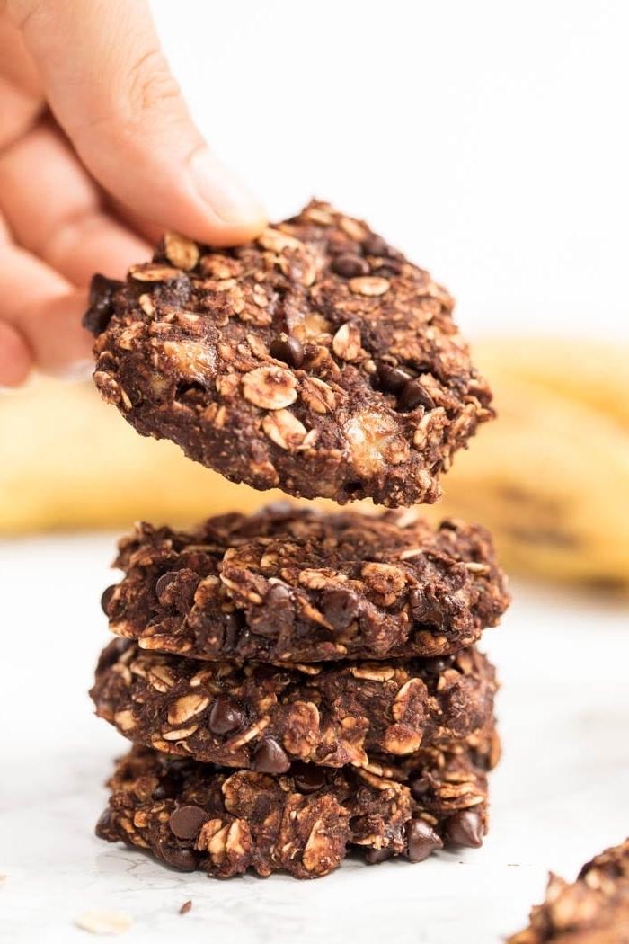 gesunde kekse mit kakao und ahferflocken, einfaches rezept, partysnacks fingerfood kalt