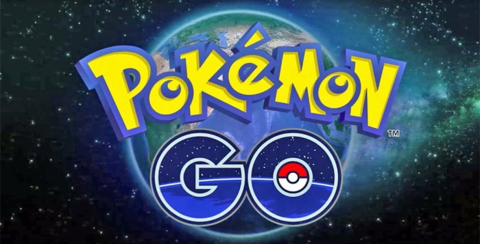 das Logo von Pokemon Go, die Erde und Kosmos stehen in Hintergrund, ein globales Spiel