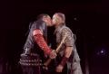 Rammstein setzt sich mit Kuss für die Rechte der LGBTQ-Bewegung ein