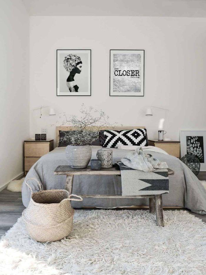 deko schlafzimmer, ethno stil einrichtung zu hause, zwei wandbilder grau und beige stil ideen, deko