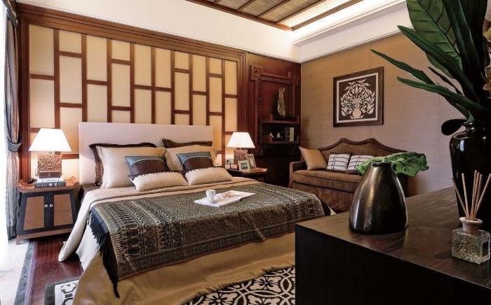 deko ideen schlafzimmer, ein asiatisch elegant gestaltetes zimmer, braun und beige, lampe