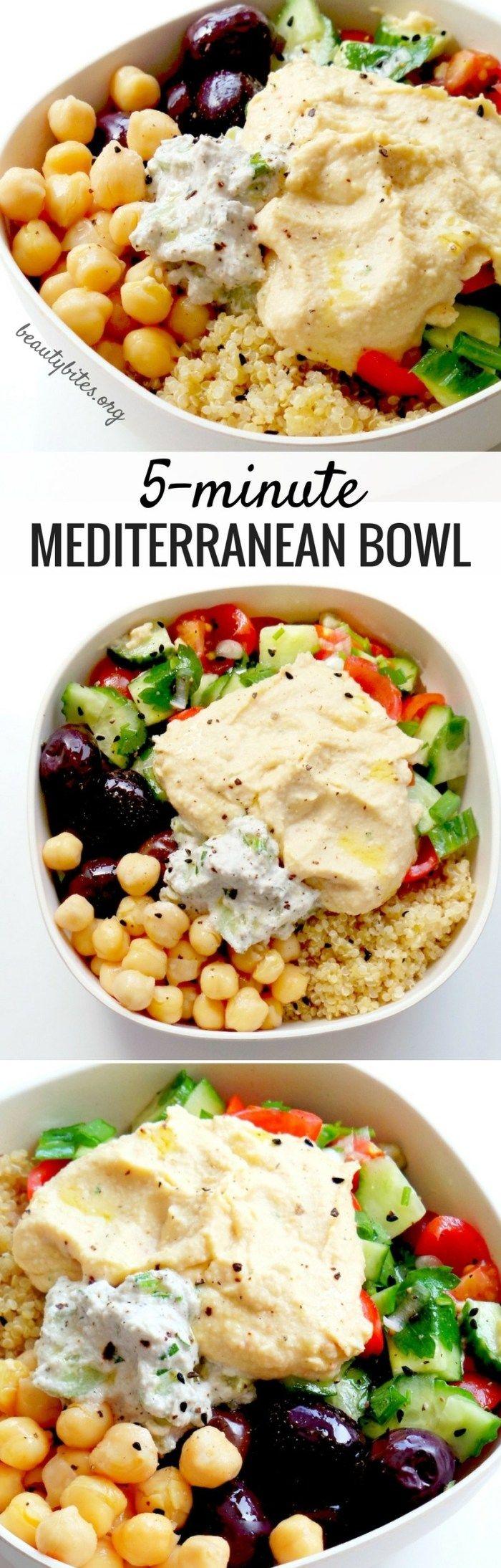 abendessen ideen warm, ein bildrezept, so wird die mediterrane bowl gemacht