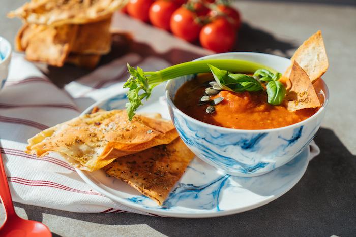 Tomatensuppe Rezept voller Vitamine, schnelle Cremesuppen Rezepte