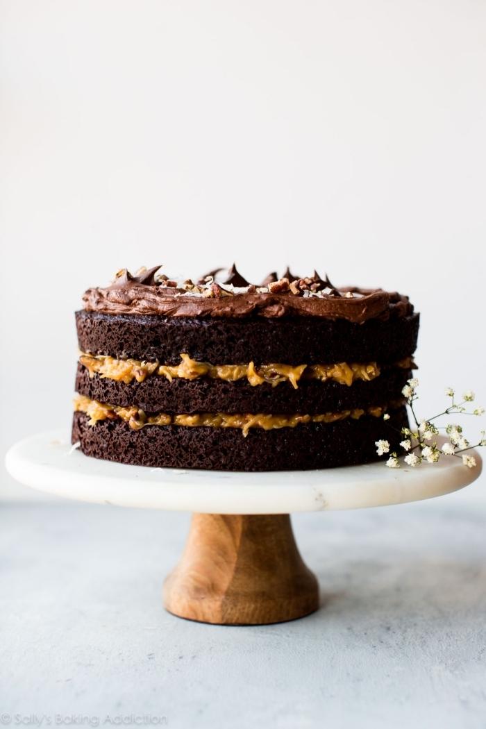 schoko mascarpone torte, einfache zubereitung, kuchen mit schokoaldnboden, erdnussbutter