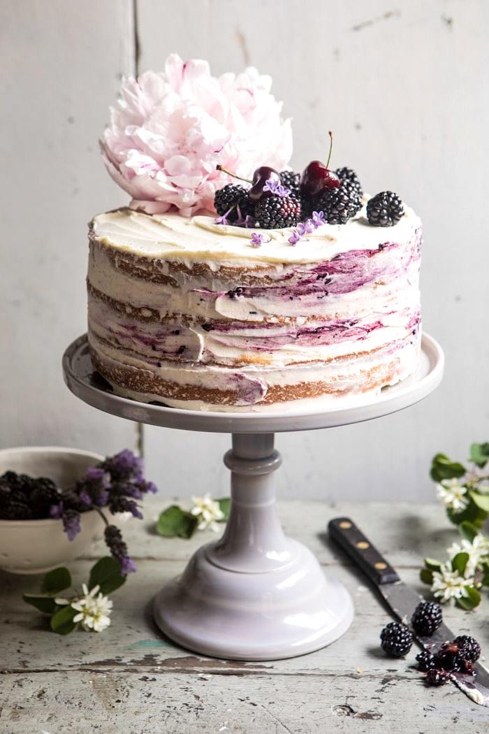 torte 20 cm, kuchen mit schokoaldenboden, mascarpone und bromneeren, geburtstagskuchen ideen