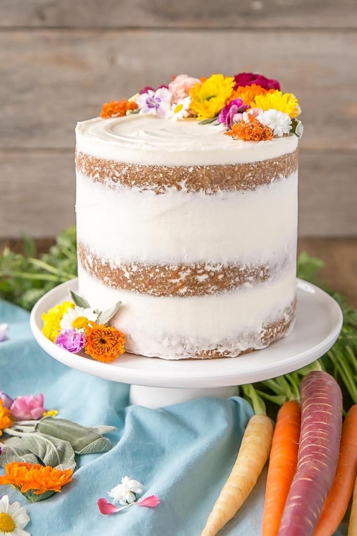 nachtisch zum ostern, torte 20 cm, sommerparty essen ideen, kuchen mit karotten