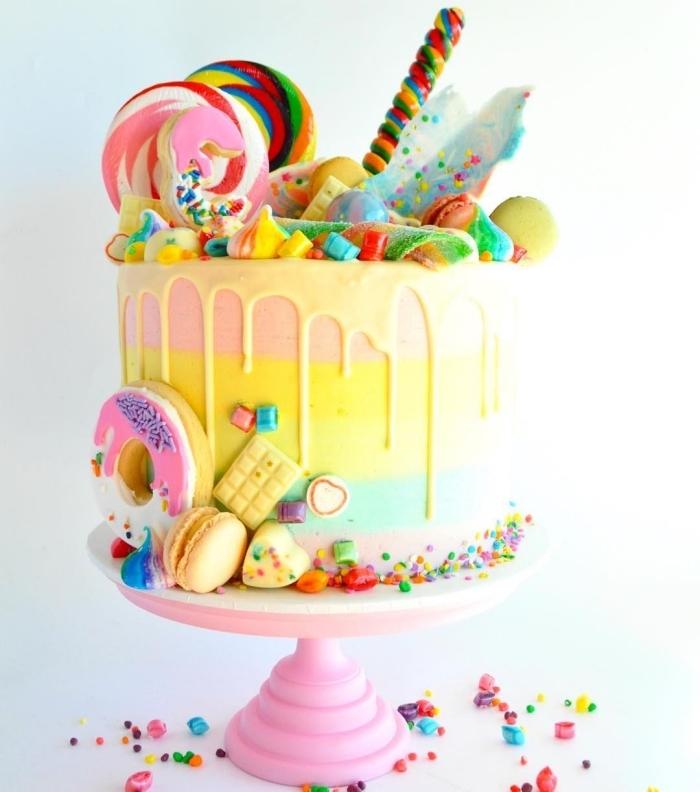 torten für kidner ideen, geburtstagskuchn in pastellfarben, süßigkeiten torte selber machen