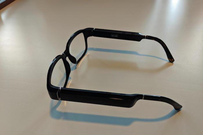 schwarze datenbrille von amazon, die brille amazon echo frames für alexa