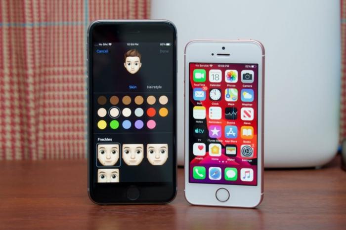 zwei Handys, ein schwarzes und ein weißes, sie brauchen das iOS 13 Update
