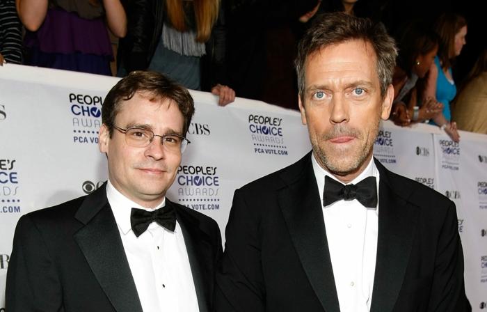 Robert Sean Leonard und sein Kollege, während sie Dr. House filmen