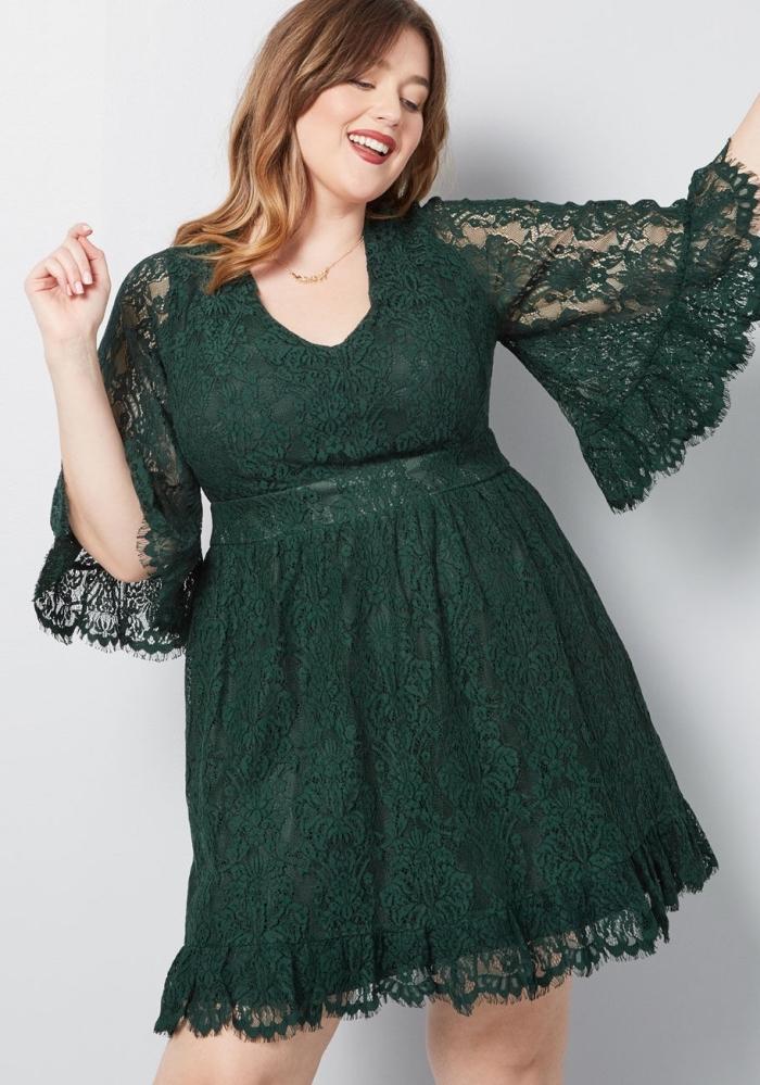 welche frisur passt zu mir, schulterlange haare, haarfarbe hellbraun, grünes abendkleid mit spitze