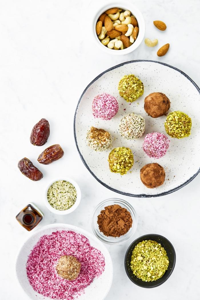 datteln rezepte einfach und schnell, energiekugeln mit mandeln und cashewnüssen