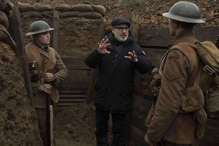 zwei soldaten während des ersten weltkriegs, der regisseur sam mendes während der dreharbeiten von dem film 1917, ein one shot film