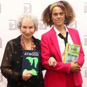 Booker-Literaturpreis 2019 geht an zwei Schriftstellerinnen