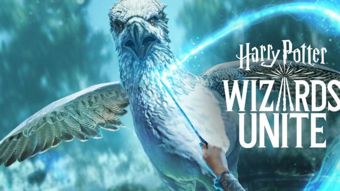 Harry Potter: Wizards Unite, ein magischer Vogel, Hand mit einem Zauberstab