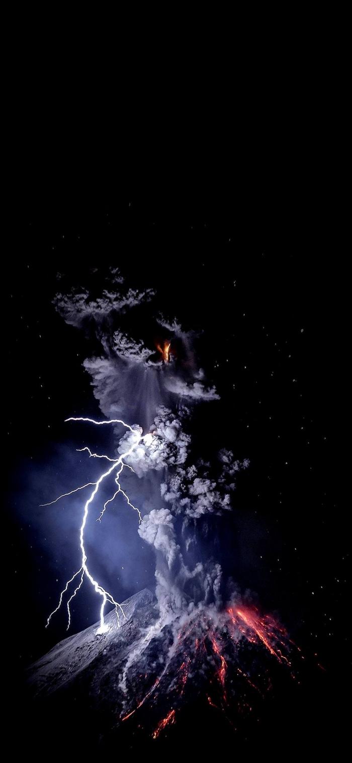iphone x wallpaper, die besten ideen, vulkan mit staub und donner, lava