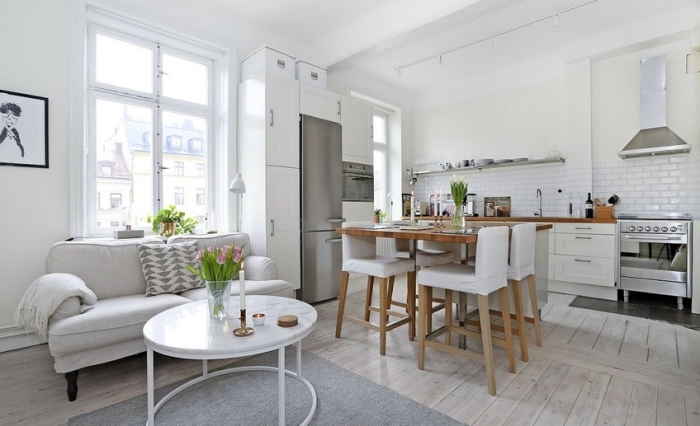 kleine räume einrichten ideen, wohnzimmer einrichtungstipps, kücheneinrichtung in weiß