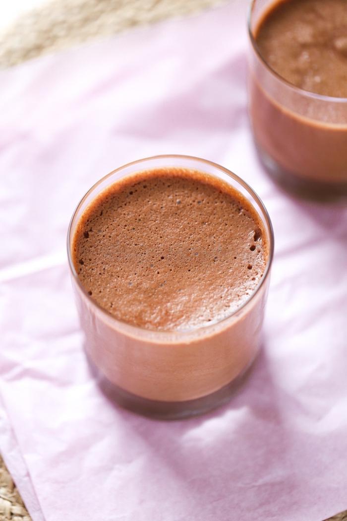 mousse au chocolat rezept original, leckeres dessert mit schokolade, nachtisch im glas