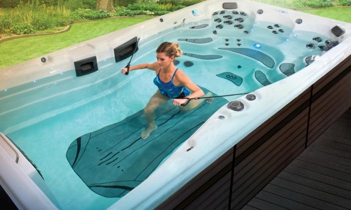 swim spa pool kaufen tipps, garten gestalten, wellnessbereich zuhause, außenbereich