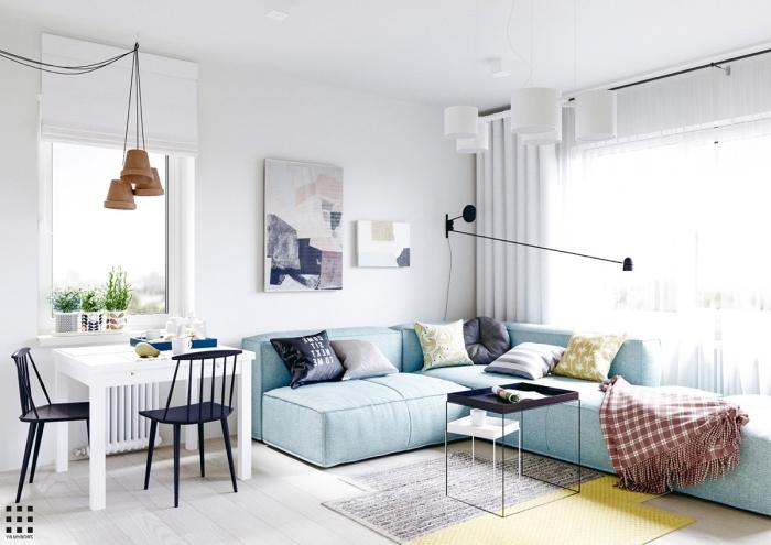 wohnzimmer ideen für kleine räume, designer einrichtung in maritinem farben, hellblaues sofa