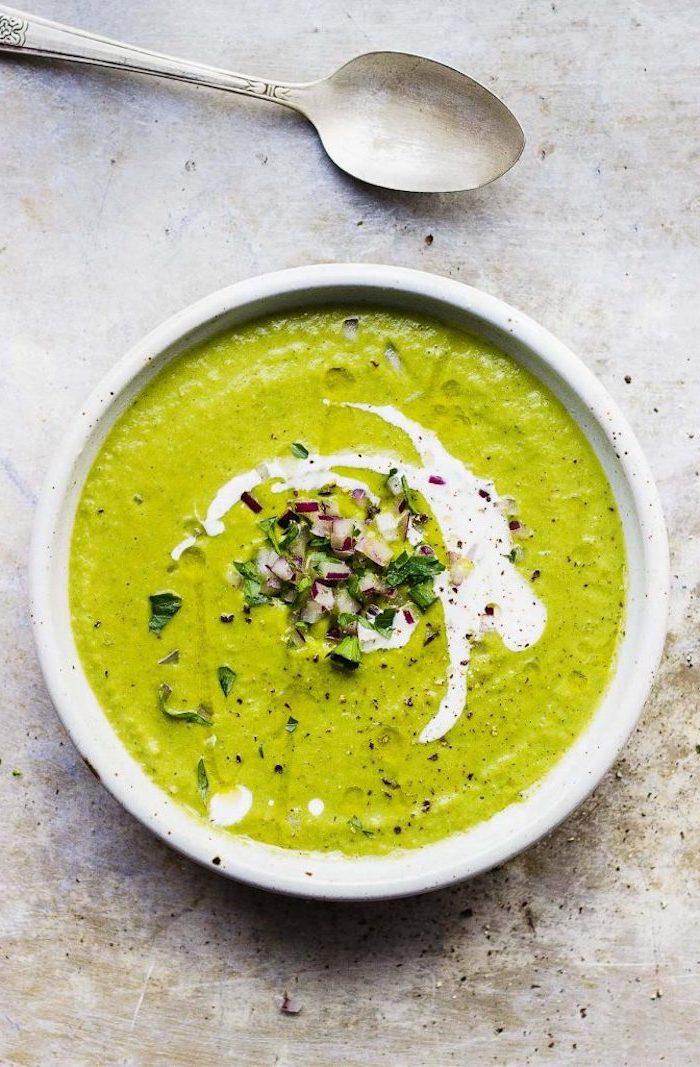 brokkolisuppe rezept, suppe kochen die besten ideen, creme suppe mit gemüse