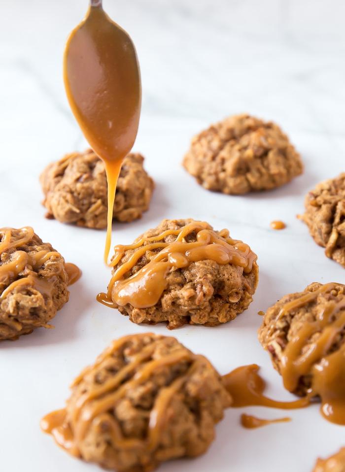 cookies selber machen, schnelle kekse mit haferflocken und karamell, karamellkekse rezept