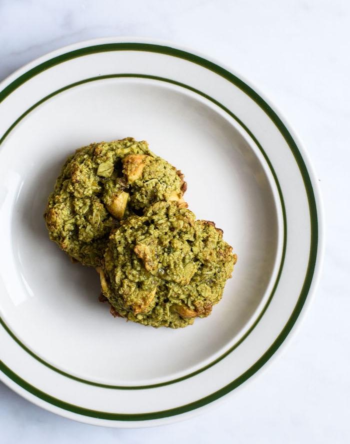 kekse ohne butter ideen, gesunde rezepte mit matcha, gesundes dessert mit pistazien