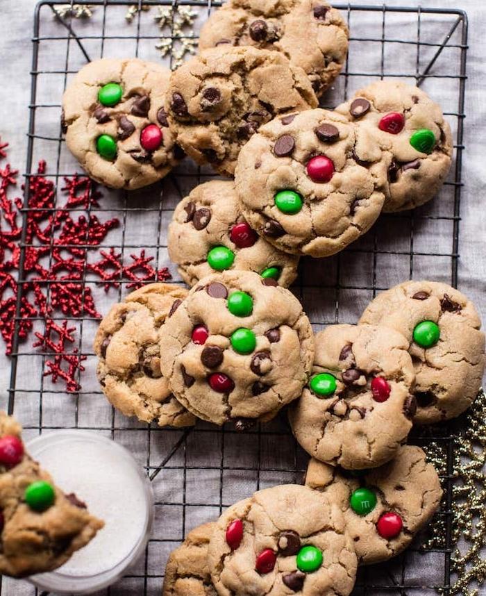 weihanchtsrezepte schnell, nachtisch zum weihanchten, kekse rezept einfach, cookies mit bonbons