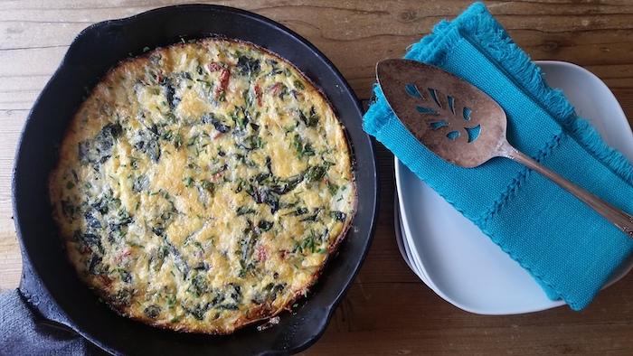 was soll ich heute kochen, gebackene frittata, gericht mit eiern und spinat, schnelle rezepte