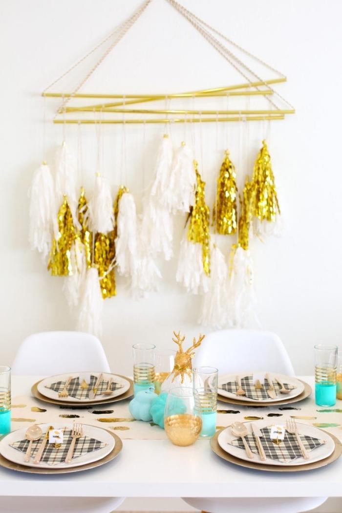 wanddeko für party, basteln weihnachten erwachsene, partydeko zu weihanchten, diy mobile