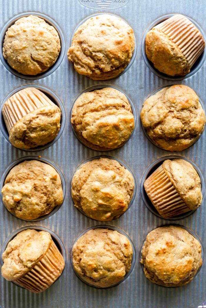 kochen für kleinkinder, kindergeburtstag essen ideen, gesunde muffins mit haferflocken und äpfeln