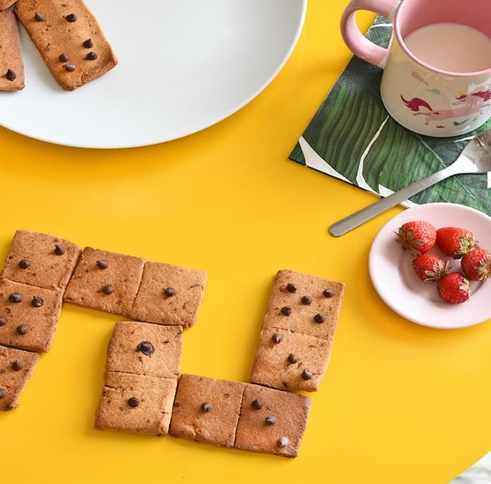 kochen für kleinkinder, kindergeburtstag rezepte, domino kekse mit schokoladenchips
