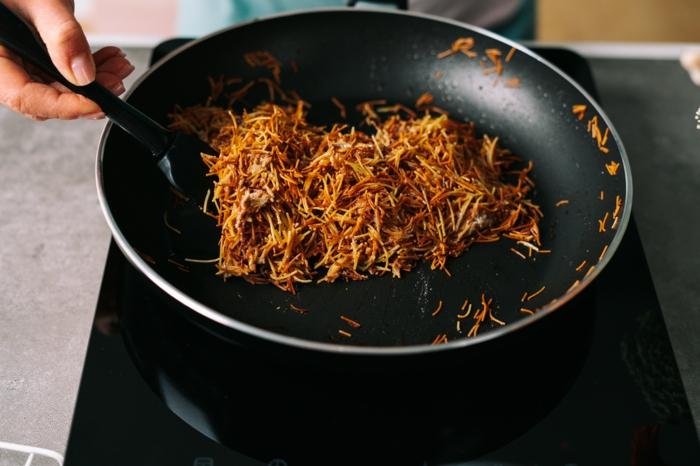 nachtisch ostern, osternester aus pasta und butter, nester zum osterfest selber machen