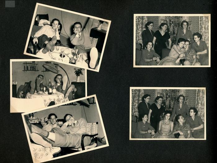 Geschenke für Großeltern von Enkeln, Fotoalbum mit alten Fotos, mit Freunden, schwarz-weiße Fotos von Männer und Frauen auf eine Pary