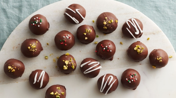 rezepte für kinder, bonbons selber machen, schokobonbons rezept, pralinen mit pistazien