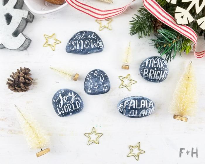 steine bemalen, tischdekoration selber machen, weihnachtsbasteln anleitungen, goldene sterne