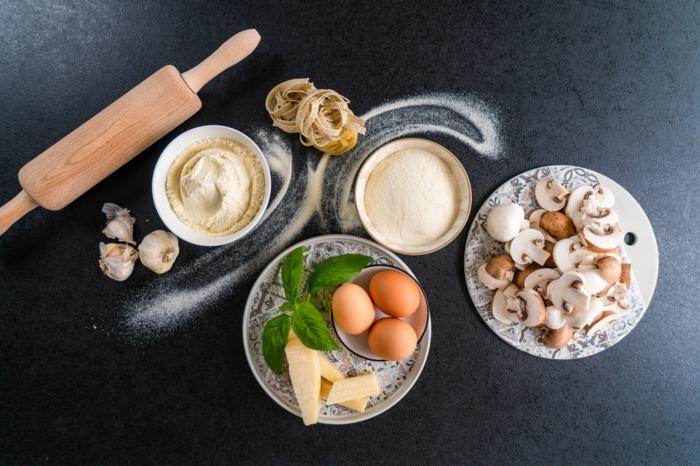 mittagessen ideen, pasta selber machen, nötige zutaten, tagliatelle rezept