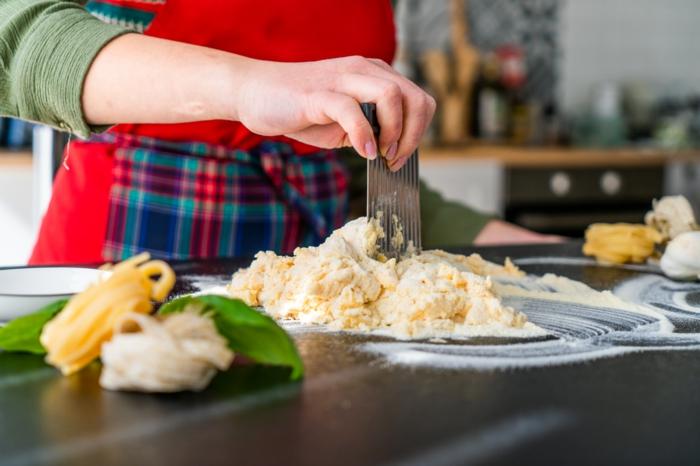 mittagessen ideen, tagliatelle teig selber machen, leckere rezepte, mittag