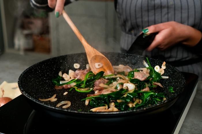 was koche ich heute, klassisches rezept für corden bleu, füllung zubereiten